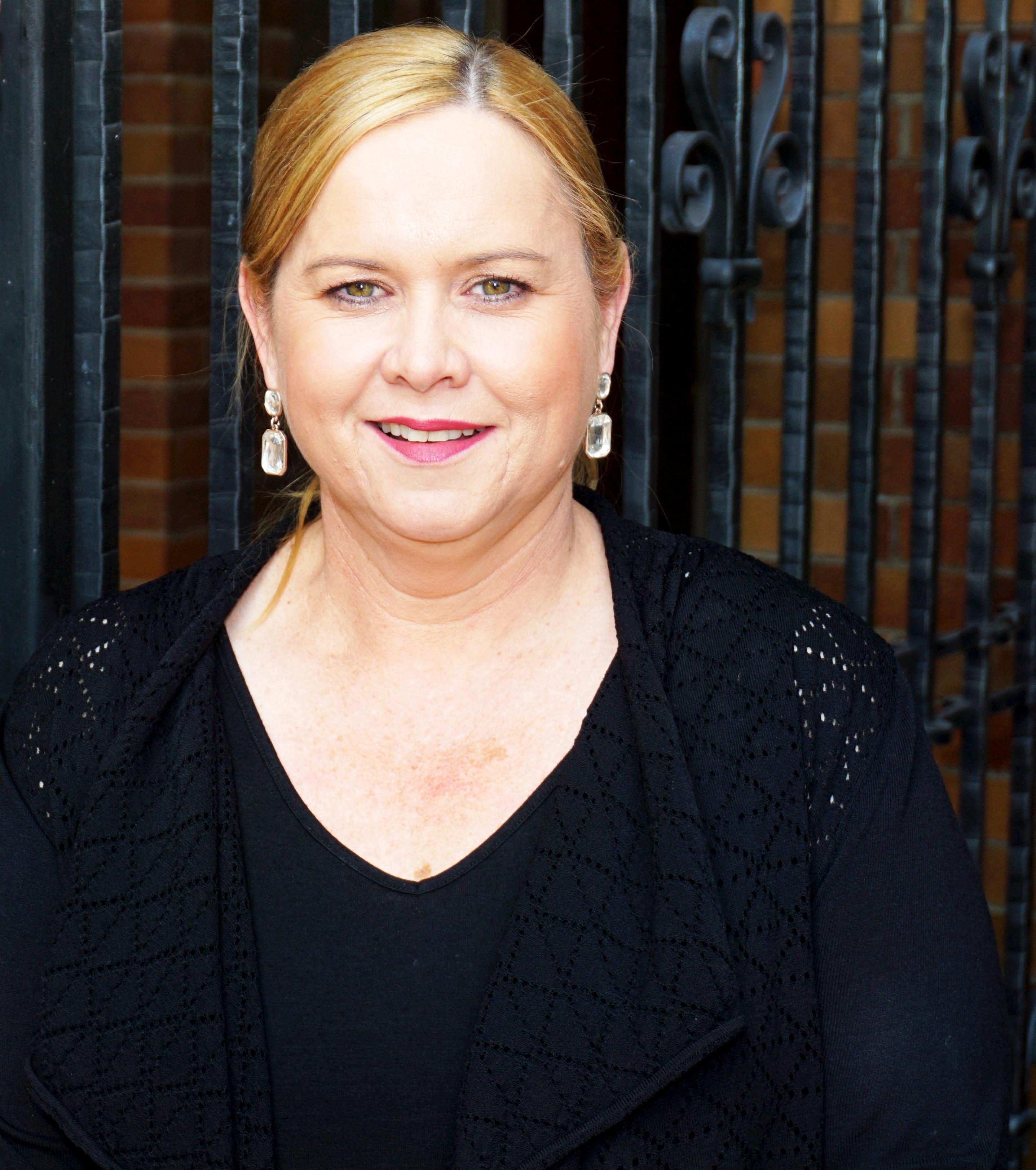 Deborah Lonsdale-Walker.jpg
